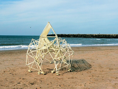 Animaris Rigide Properans by Theo Jansen