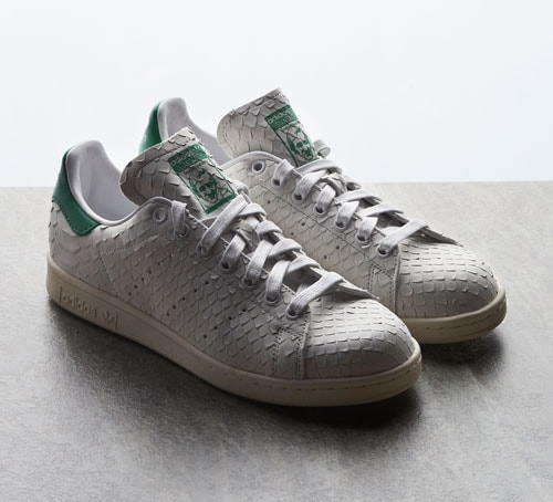 Front Row 時尚盛會–Limited Edt Chamber 的阿迪達斯 adidas Stan Smith 休閒鞋